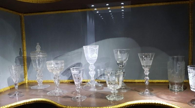 Im Glasmuseum Hadamar gibt es viel wissenswertes über den Werkstoff Glas zu erfahren und zu sehen, was damit möglich ist.
