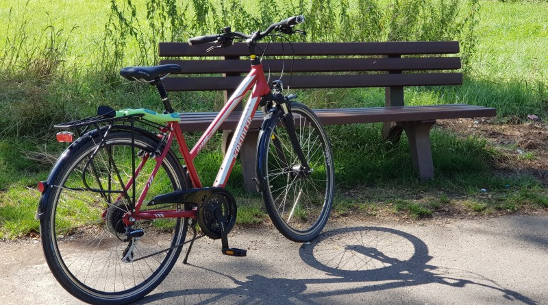 Mit dem Fahrrad unterwegs auf dem Fernradweg R8