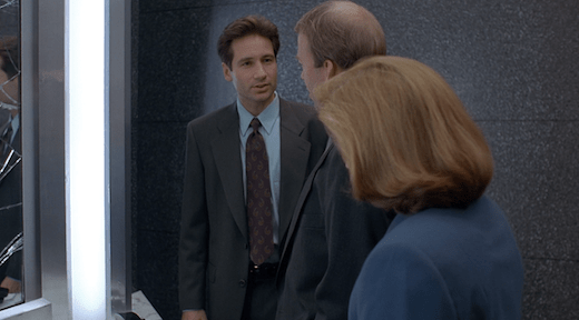 Mulder points out an obvious piece of evidence that Jerry missed.