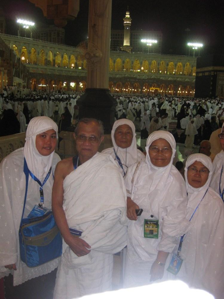 Rihlah Ibadah Umroh ke Makkah al Mukarromah, Maret 2011 bersama jamaah Al Munawwarah Padang diselenggarakan oleh Arnussa Tour Jakarta (6/6)