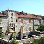 Katalozi muzikalija u katedrali u Dubrovniku i zbirci Politeo u Starigradu na Hvaru