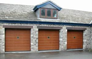 Silvelox Old Garage Door