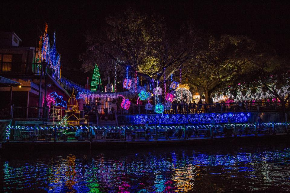 Georgetown Christmas Stroll 2019.Top Holiday Events In Austin 2018 Hmg Creative