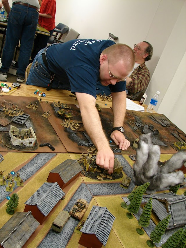 Chris E. moves troops in the Battle of Marco Polo Bridge.