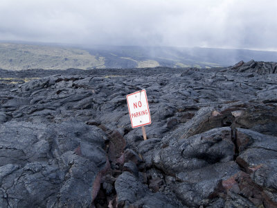 685-1074lava-flow-kilauea-hawaii-volcanoes-national-park-island-of-hawaii-big-island-posters