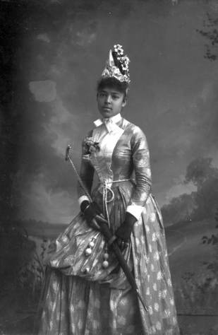 nellie-franklin-harper-alvan-s-photographed-in-tallahassee-florida-between-1885-and-1910