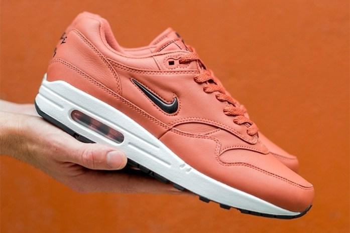 outlet store d3d8b ca738 Nike Air Max 1 Jewel lạ mắt với phối màu Pink Leather