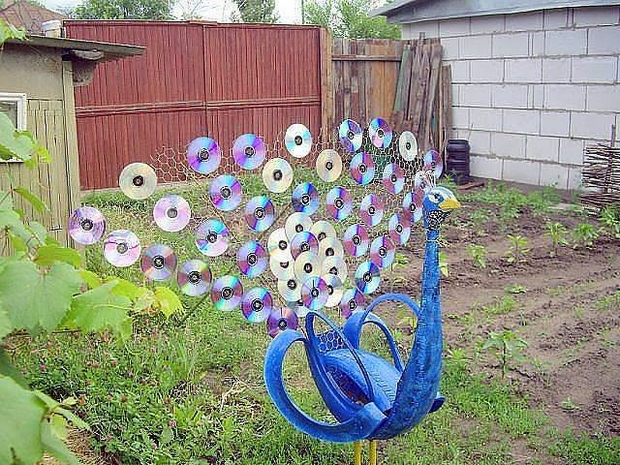 25 Fun Loving Garden Art Ideas By Upcycling Household Items – Home