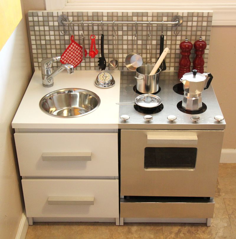 16 DIY Play Kitchen That Will Provide Hours Of Fun To Your Kids