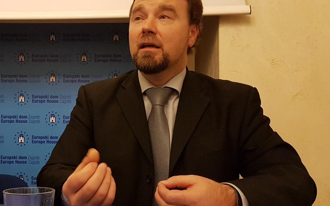 Predavanje dr.sc. Jože Možina, bivšeg ravnatelja RTV Slovenija i Tina Mamića, predsjednika slovenske Udruge novinara i publicista
