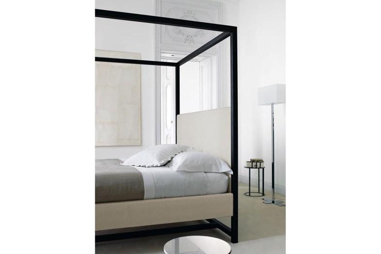 Alcova ACLB Bed by Antonio Citterio for Maxalto  Space