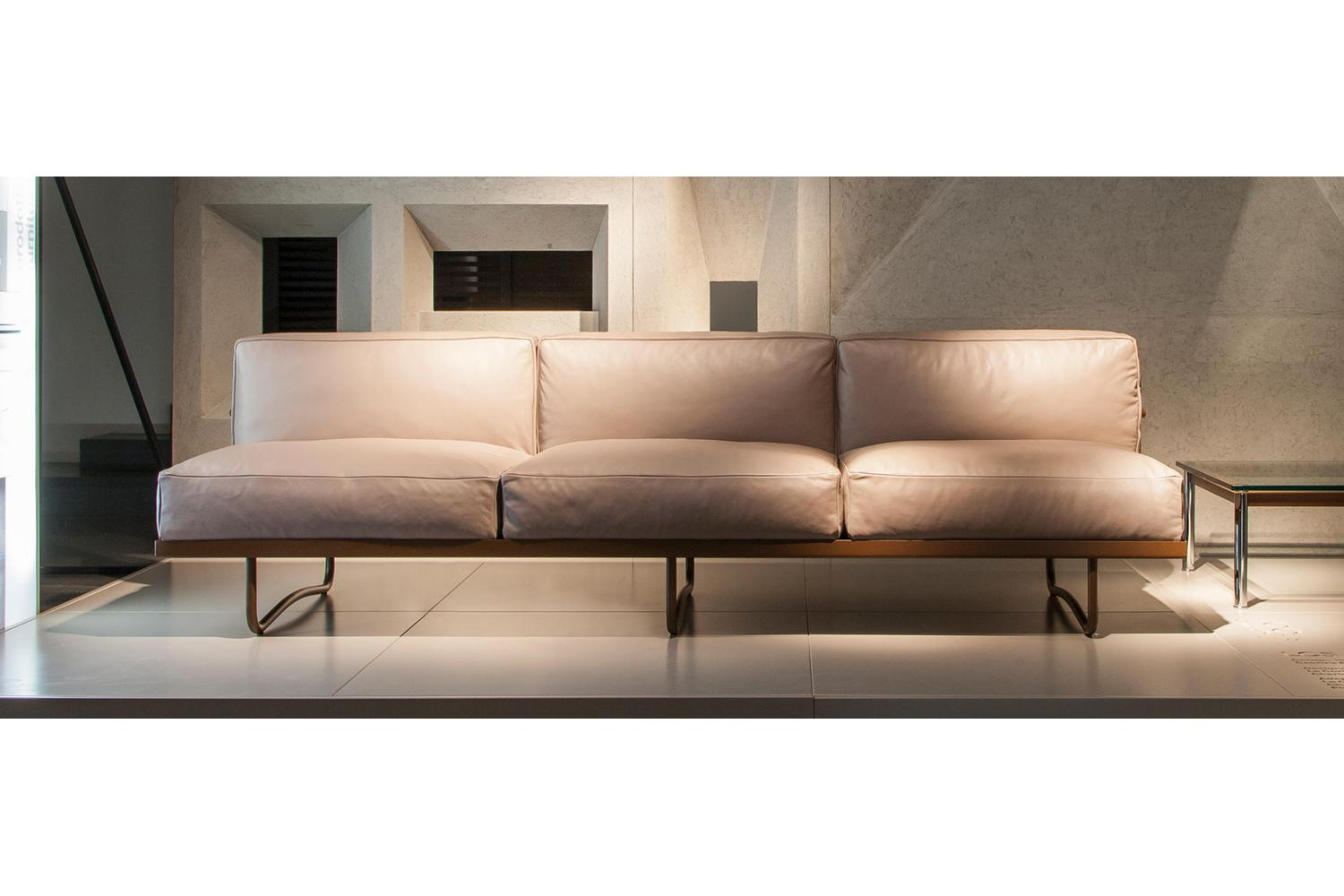 lc5 sofa price most comfortable leather sleeper by le corbusier pierre jeanneret charlotte perriand for share