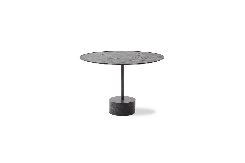 194 9 table by piero lissoni