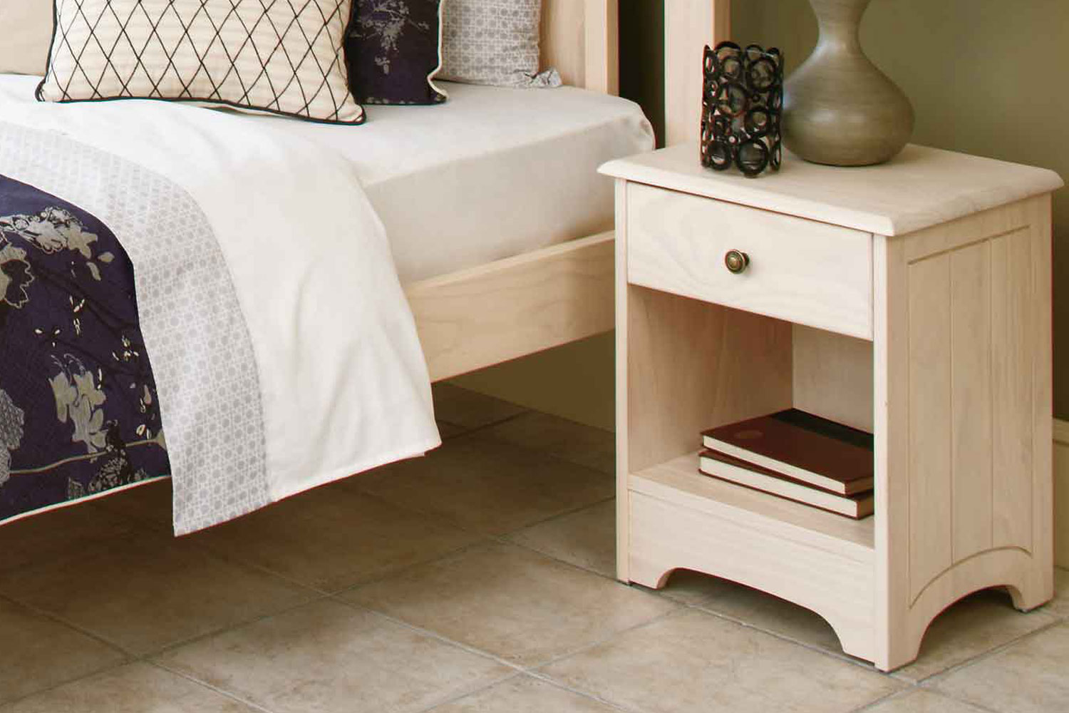 Calais 1 Drawer Bedside Table By Coastwood White Wash