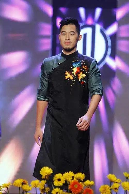 áo dài nam cách tân phối màu cá tính