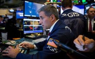 """Dow Jones """"rung lắc"""", hồi phục sau cú giảm 500 điểm trong phiên"""