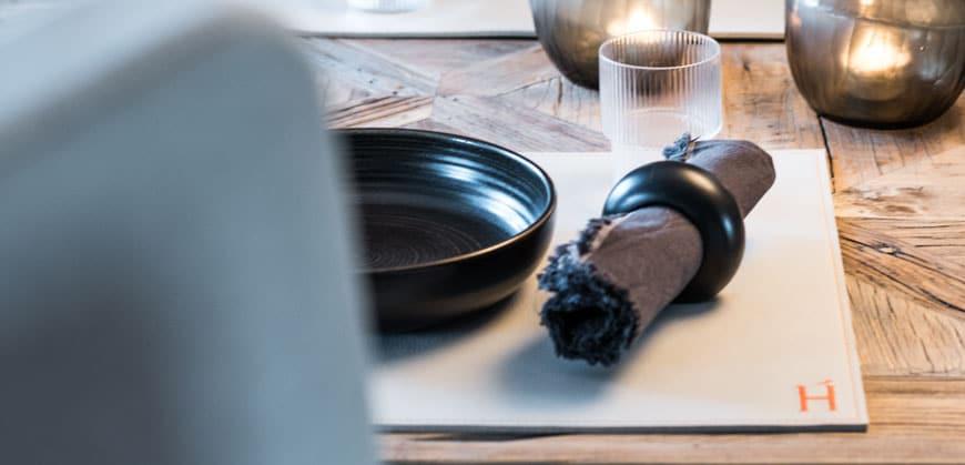 Interior Design online Shop - Tisch Gedeckt Serviette Teller Deko