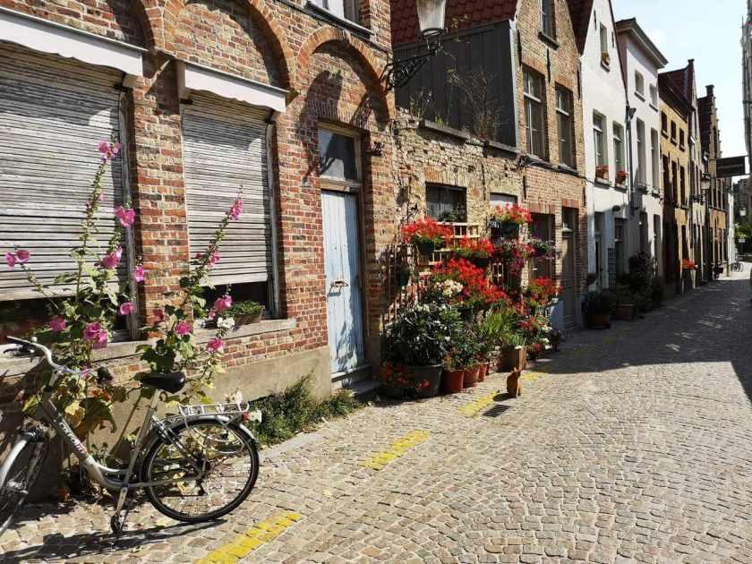 Gateparti i Brugge