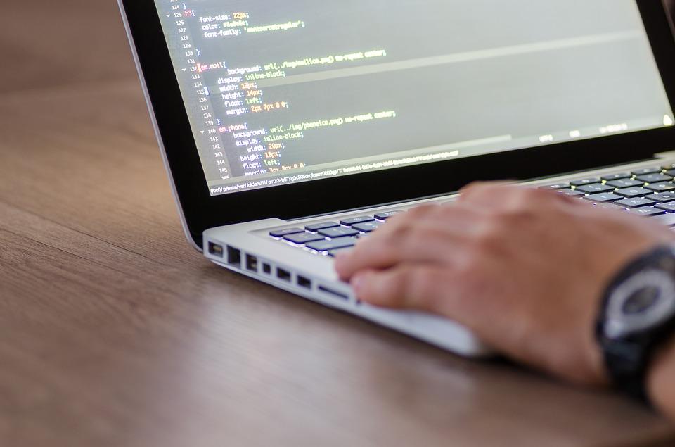 Op zoek naar een nieuwe hobby? Ga mee met de trend en leer programmeren!