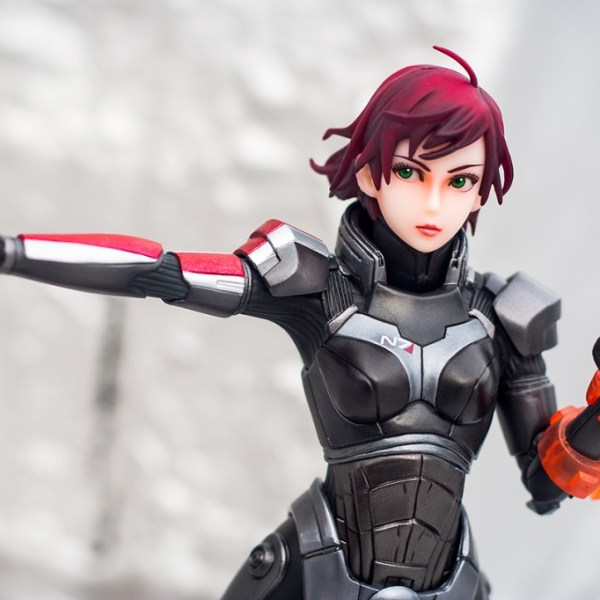 Mass Effect 3 Bishoujo Commander Shepard