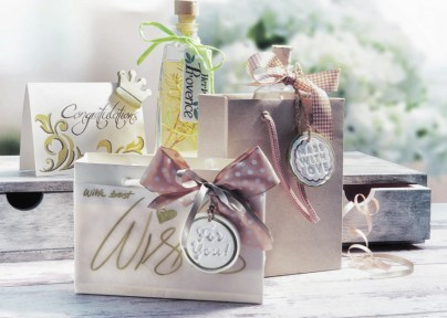 Grußkarten und Geschenkanhänger - mit Stempeln für Kekse geprägt