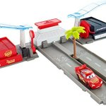 Disney-Pixar-Cars-3-Florida-Speedway-Pit-Stop-Playset-0-1