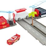 Disney-Pixar-Cars-3-Florida-Speedway-Pit-Stop-Playset-0