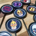 Five-Nights-at-Freddys-Party-Pack-for-5-FNAF-30-FAVORS-toppers-0-2