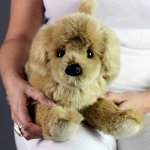 Golden-Retriever-Stuffed-Animal-Therapy-for-People-with-Memory-Loss-from-Aging-and-Caregivers-0-1