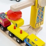 Melissa-Doug-Deluxe-Wooden-Railway-Train-Set-130-pcs-0-2
