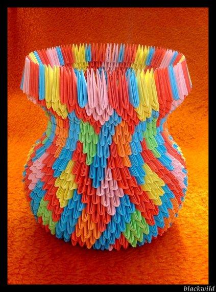 origami_vase_with_ear_ver_ii_by_blackwild