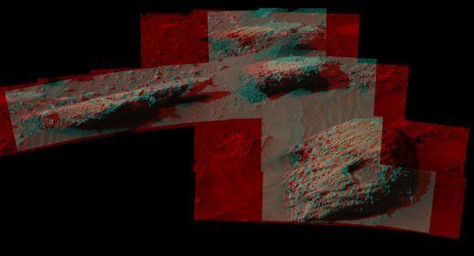 mars-rover-mount-sharp-boulders-PIA20836-br2[1]