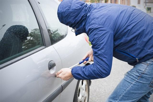 تفسير حلم سرقة السيارة سرقة السيارة في المنام حبيبي