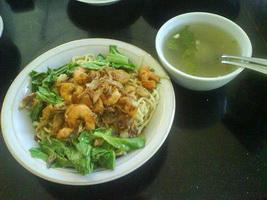 Resep Yamin Tiaw Udang Ayam