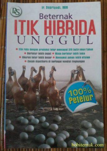 Buku Panduan Tentang Beternak Itik Hibrida Unggul