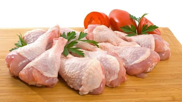 Daging ayam yang di sukai oleh masyarakat kebanyakan jenis daging ayam kampung