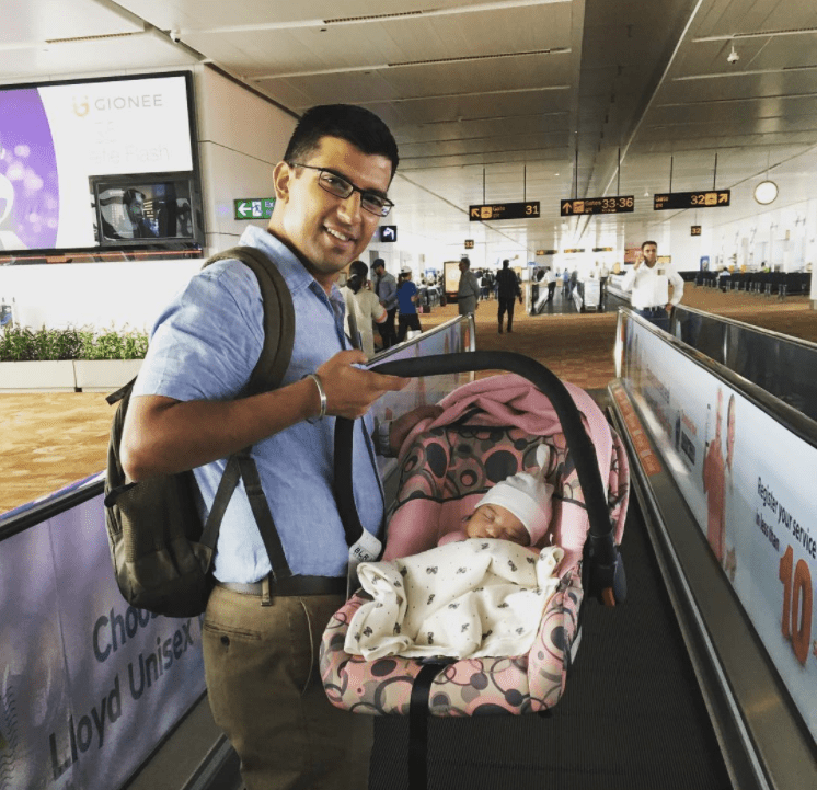 Air-travel-with-an-infant-accompanied