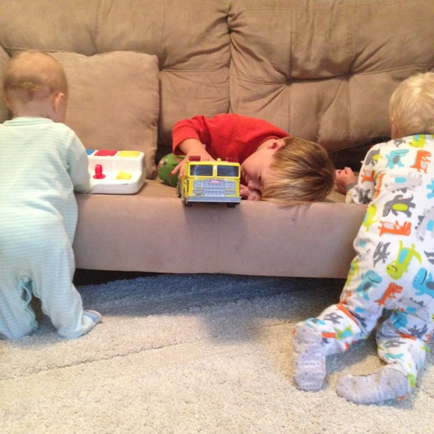 kids playing couch