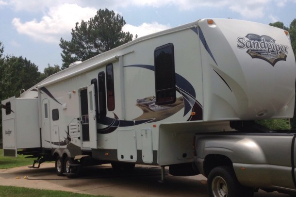 2012 sandpiper fifth wheel