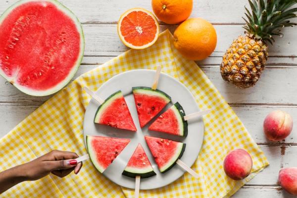 Как выбрать арбуз: ищем полосатую ягоду без нитратов