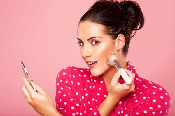 как наносить макияж в жару