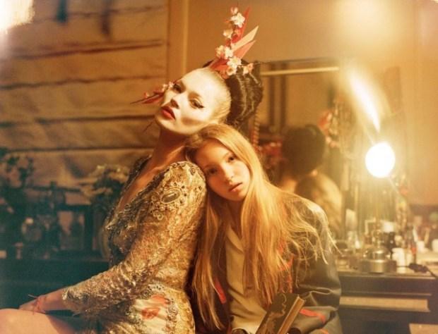 Кейт Мосс вместе с 13-летней дочерью появилась на обложке Vogue