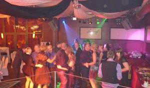 DJ Hochzeit Party Hochzeitsmusik Checklisten RLP Hessen NRW NRW Berlin  Portrait Hochzeit DJ