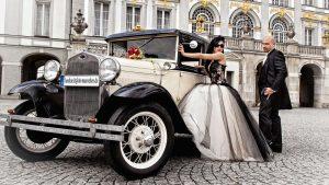 Hochzeitsfotograf für Hochzeitsfotos in Muenchen - Brautpaar im Scholss Nymphenburg