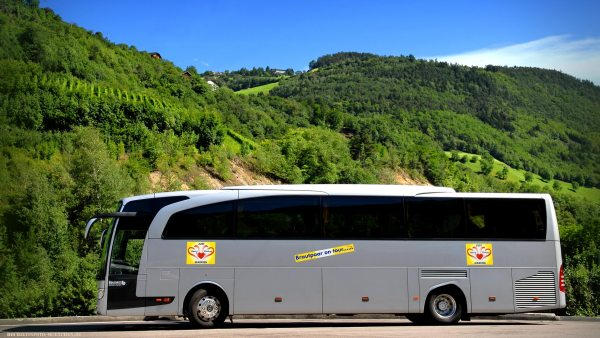 Mit dem Hochzeitsbus durch Italien