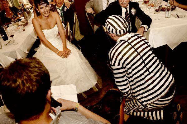 Brautentführung bei einem Hochzeitsfeier