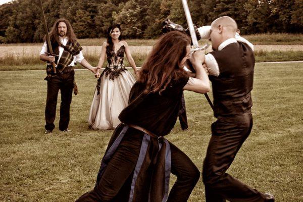 Ritterkampf beim Hochzeitsfeier im Schloß Blütenburg