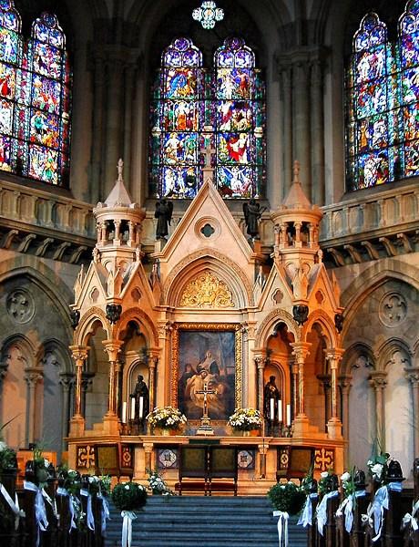 Hochzeitsfotos, Trauungsfotos in der Kirche, Hochzeitsfotograf aus München Eugen Wagner