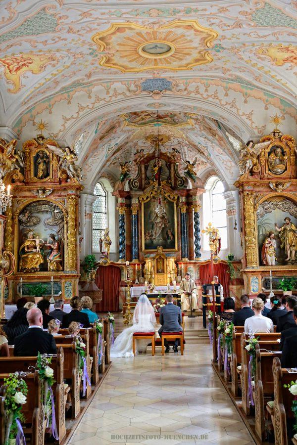 Trauungsfotos 05: Trauungsfoto in der Kirche