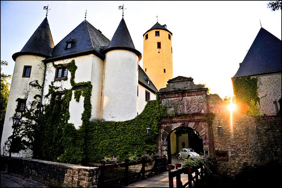Yvonne und Patrik  Burg Rittersdorf bei Bitburg  Blog